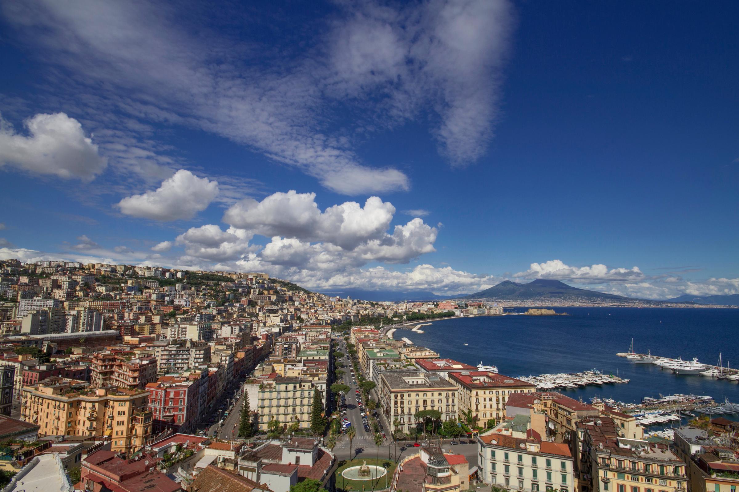 Alquiler de coches Nápoles